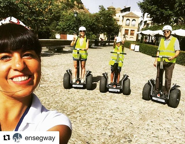 Another fun segway selfie of the day this time with the tour crew from Ensegway in Spain  . . . @ensegway ・・・ Ven a pasar un día divertido con nuestra guía italiana @instadedde  Albaicín  Ma che cosa!?!?! :-)