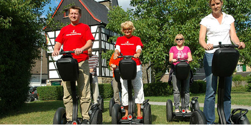 Segway-reinland-segway-tour-dusseldorf-germany-1000.jpg